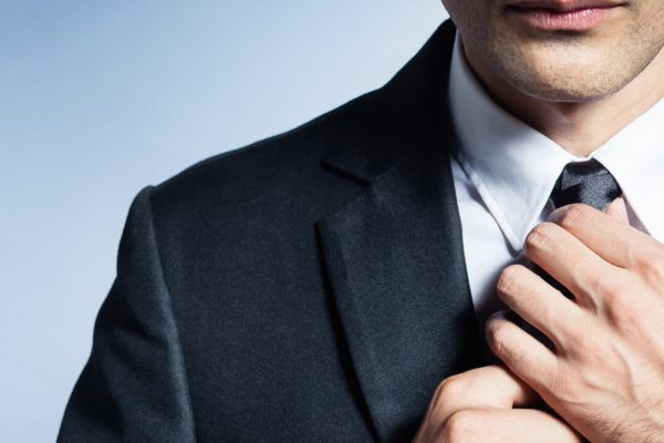 Man Skills – How to tie a tie